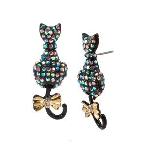 🆕 Betsey Johnson Two-Tone Pave Cat Earrings